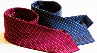 Cravatta seta Jacquard con disegno